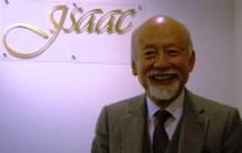 東後勝明先生(アイザック語学教育特別顧問)
