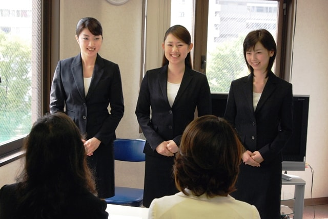 JAL客室乗務員の面接対策7つの極意2(新卒既卒)日本航空のCAになるには?