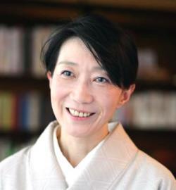 アイザック外国語スクール講師 佐々木 由香