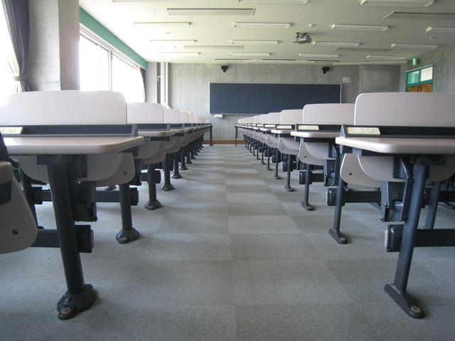 日本人学校VSインター!帯同経験者が語るそれぞれの利点