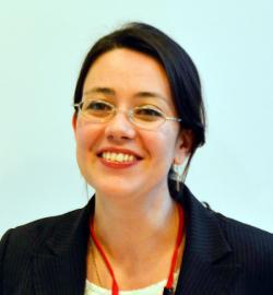 アイザック外国語スクール講師 Janine Malta