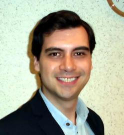アイザック外国語スクール講師 Julian Pimienta