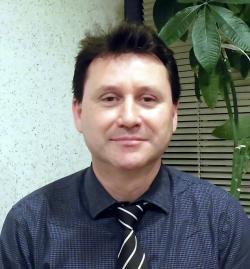 アイザック外国語スクール講師 Do Livramento Richard Luis