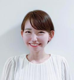 アイザック外国語スクール講師 新川 由佳