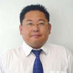 アイザック外国語スクール講師 咸 同奎