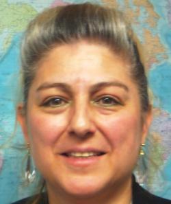アイザック外国語スクール講師 西村 マリ ルイズ